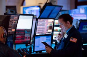 Beware Of These Stock Market Warning Signs